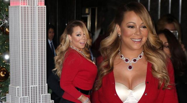 KOMPROMITACJA Mariah Carey w czasie sylwestrowego koncertu! [VIDEO]