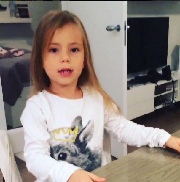 Marina pochwali�a si� m�odsz� siostr� (VIDEO)