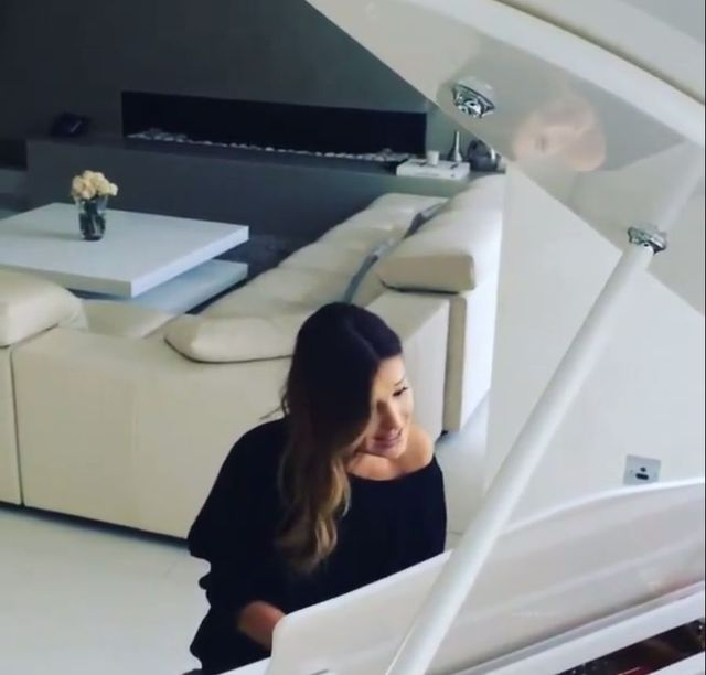 Marina ju� �piewa po operacji strun g�osowych (VIDEO)