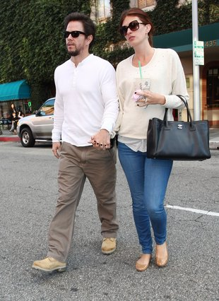 Żona Marka Wahlberga musi się pilnować