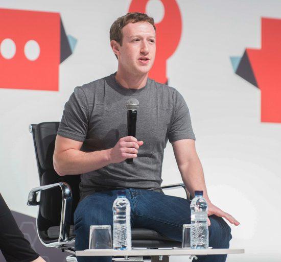 Nikt nie ma takiej garderoby, jak Mark Zuckerberg