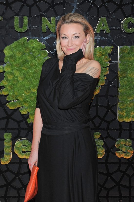 Martyna Wojciechowska pokaza�a szwy po wypadku - by�o gro�nie