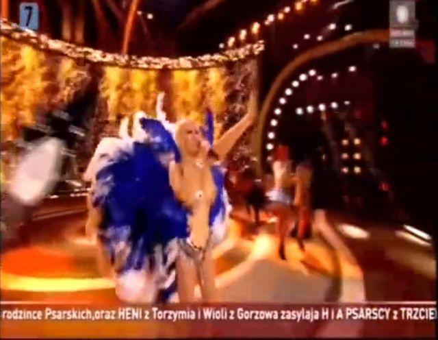 Maryla Rodowicz śmieje się ze swojego kostiumu na Sylwestra