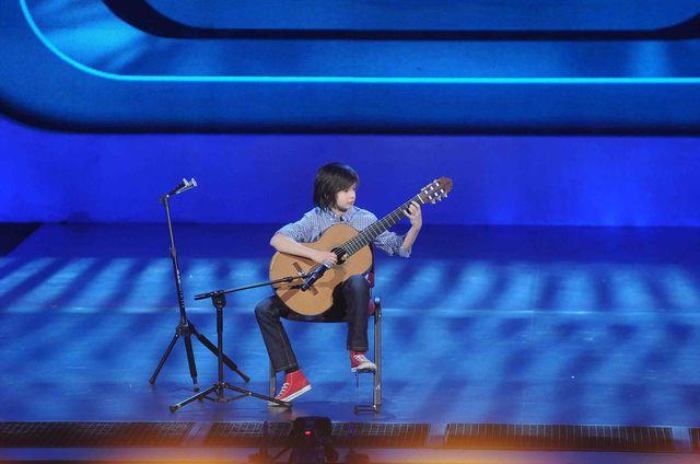 Marcin Patrza�ka - Genialny 14-letni gitarzysta w MBTM