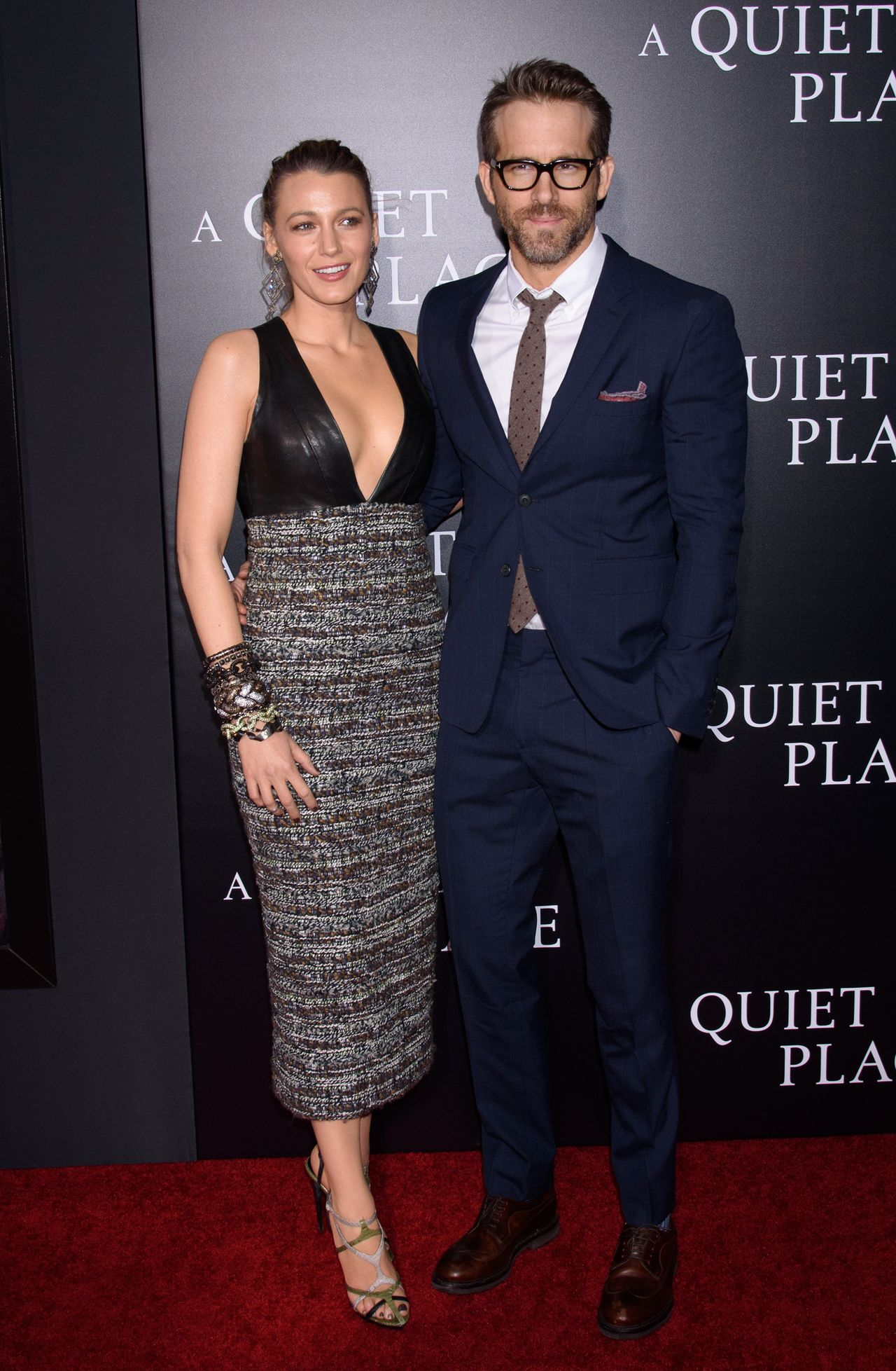 Blake Lively między nogami przystojnego modela - jej facet komentuje zdjęcie