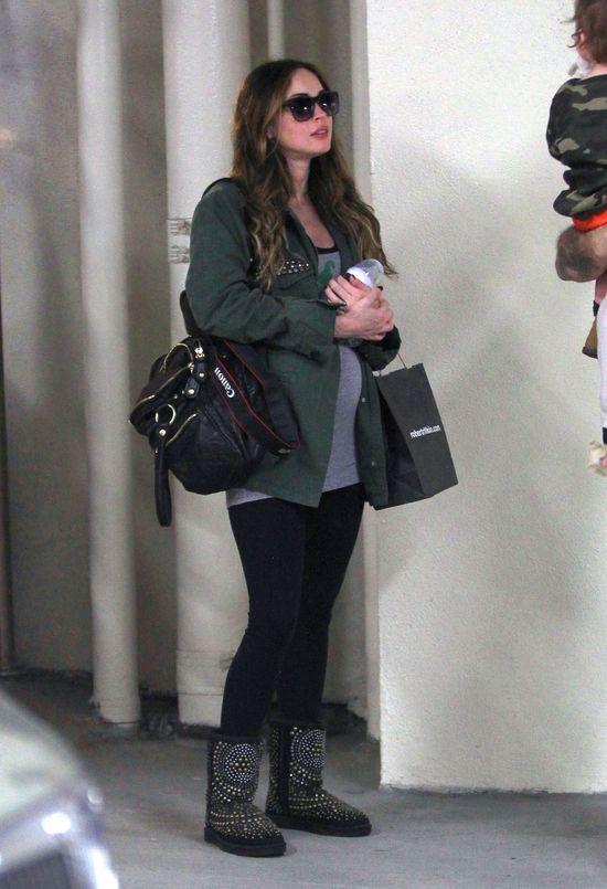Megan Fox w 7 miesiącu ciąży (FOTO)