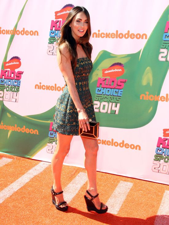 Megan Fox pierwszy raz na salonach po urodzeniu dziecka!
