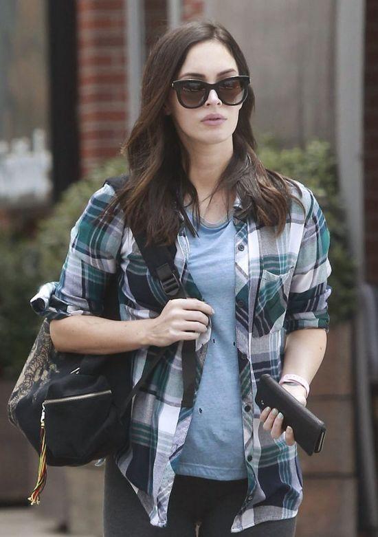 Megan Fox ukrywa ciążowy brzuszek (FOTO)