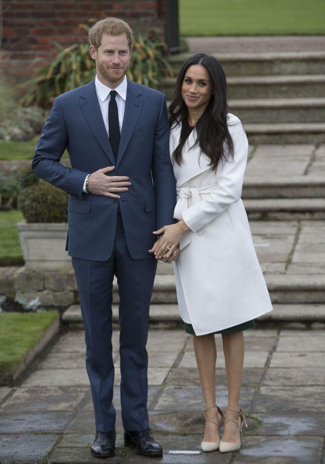 Ile rzeczy Maghan Markle poświęciła dla księcia Harry'ego?