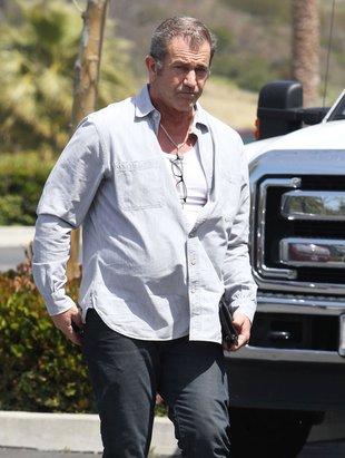 Mel Gibson – podstarzały playboy w akcji (FOTO)