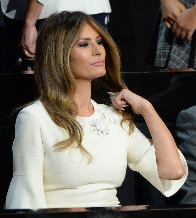 Naga sesja z kobietą i inne pikantne szczegóły z życia Melanii Trump