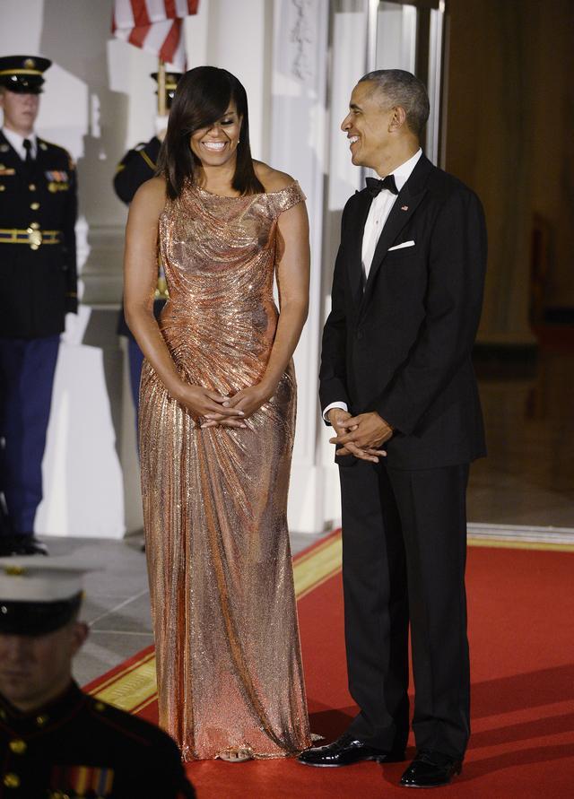 O tej SUKNI Michelle Obamy mówią wszyscy (FOTO)