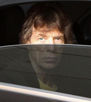 Cztery tysięce funtów za kosmyk włosów Jaggera