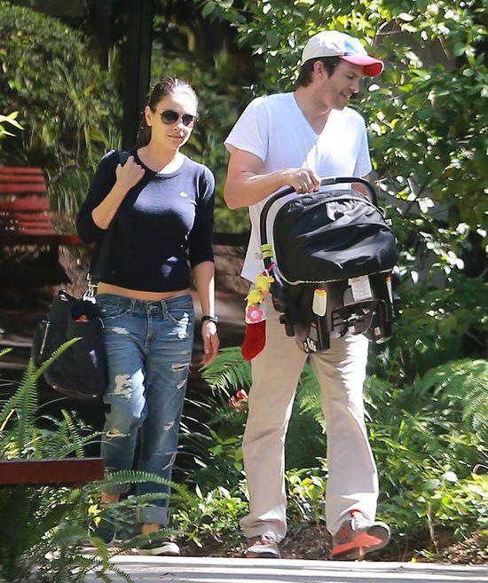 Magazyn OK: Mila Kunis urodzi bliźniaki (FOTO)