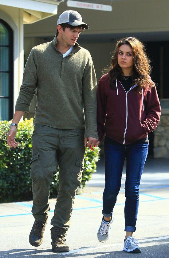 Rozczochrani Mila Kunis i Ashton Kutcher (FOTO)