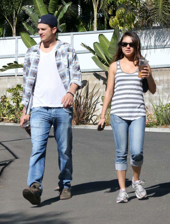 Mila Kunis i Ashton Kutcher pobiorą się w zamku?