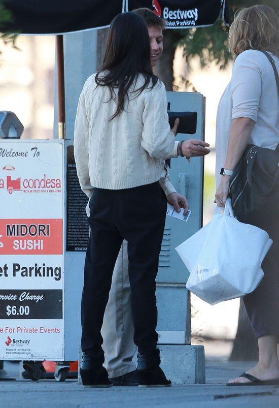 Mila Kunis koloryzuje? (FOTO)