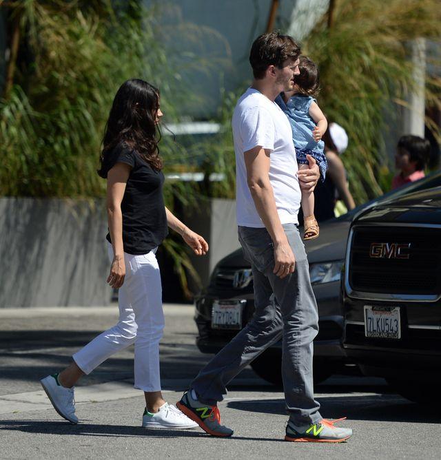 Mila Kunis i Ashton Kutcher pokazali, jakimi są BEZNADZIEJNYMI rodzicami