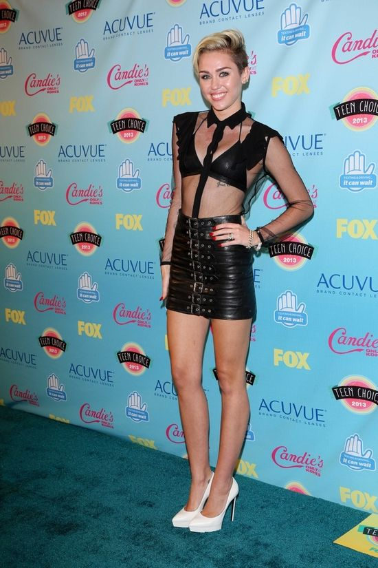 Miley Cyrus na Teen Choice Awards 2013 (FOTO)