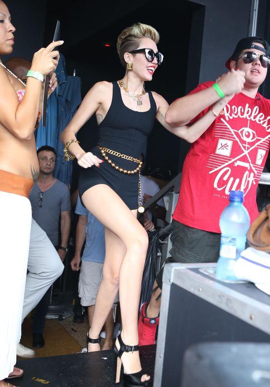 Miley Cyrus waży 44 kg!
