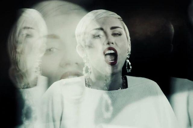 Ju� jest teledysk Miley Cyrus i Snoop Liona