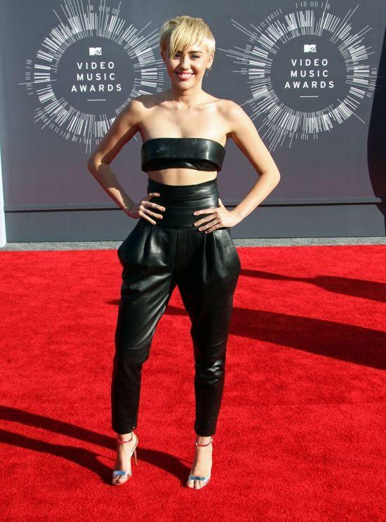 Miley Cyrus rozbierze się dla Playboya? (FOTO)