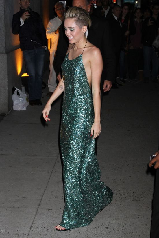 Miley Cyrus jest najlepiej i najgorzej ubran� gwiazd� roku!