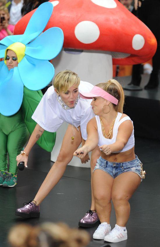 Miley Cyrus: Wolę być naga niż płakać przed ludźmi!