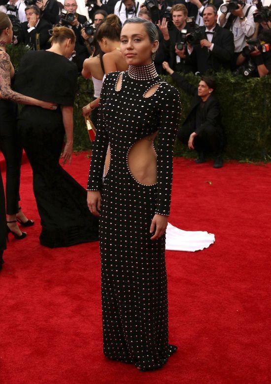 Figura Miley to nie zasługa wegańskiej diety!