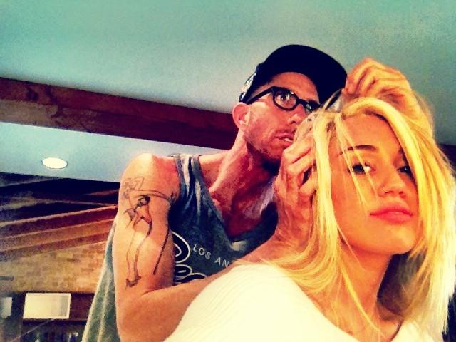 Miley Cyrus rozjaśniła włosy (FOTO)