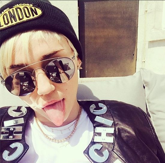 Miley Cyrus wraca i twerka! (VIDEO)