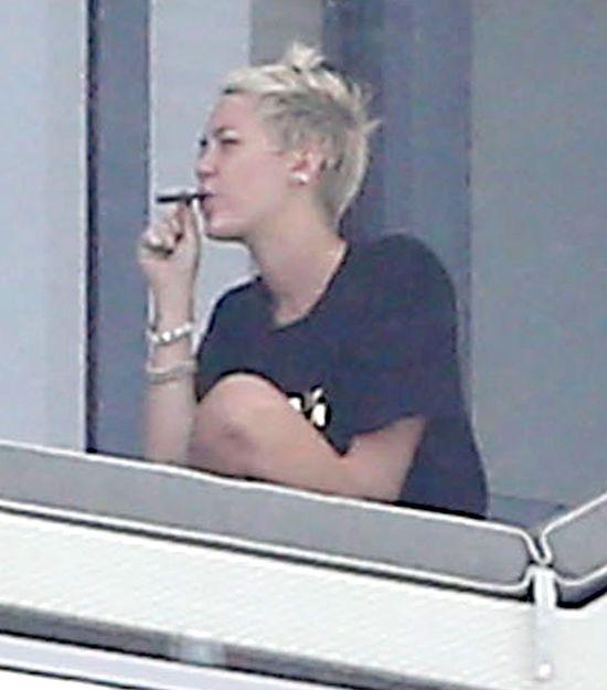 Miley Cyrus:Alkohol jest bardziej niebzpieczny ni� marihuana