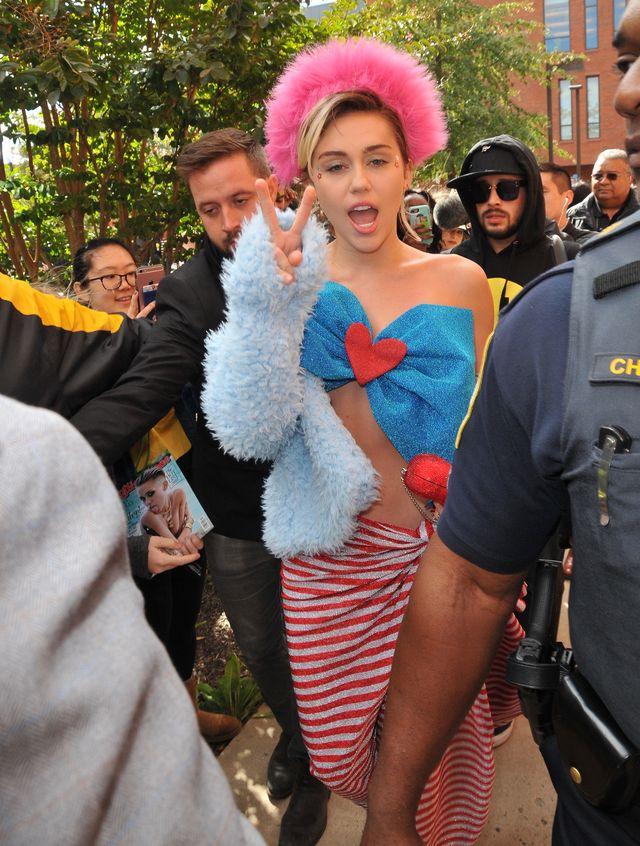 Dlaczego ciąża Miley Cyrus wywołuje tyle kontrowersji?