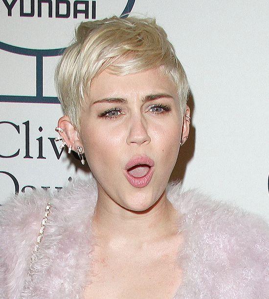 Miley Cyrus zgubi�a pier�cionek zar�czynowy