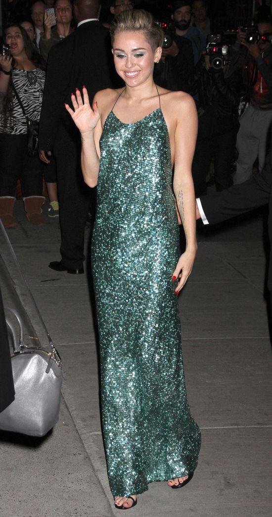 Miley Cyrus jest najlepiej i najgorzej ubraną gwiazdą roku!