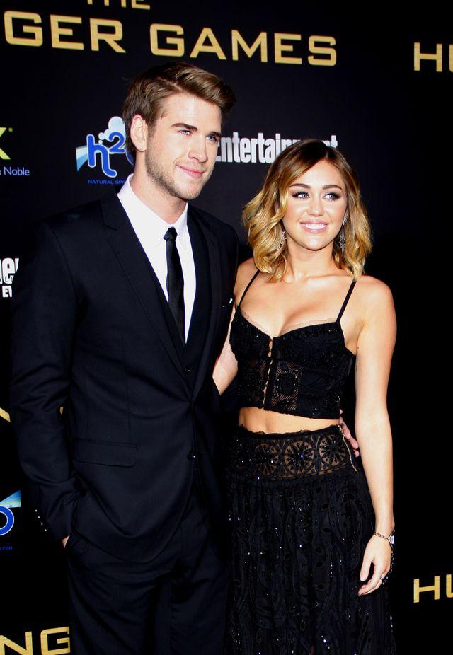 Jak rodzina zmusiła Miley Cyrus do zajścia w ciążę