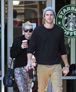 Miley Cyrus i Liam Hamsworth – przerwa na kawę (FOTO)