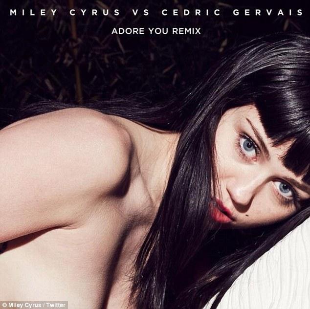 Wyciekło nagie foto Miley Cyrus (FOTO)