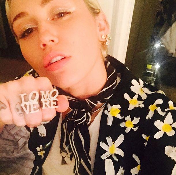Miley Cyrus wraca do długich włosów? (Insta)
