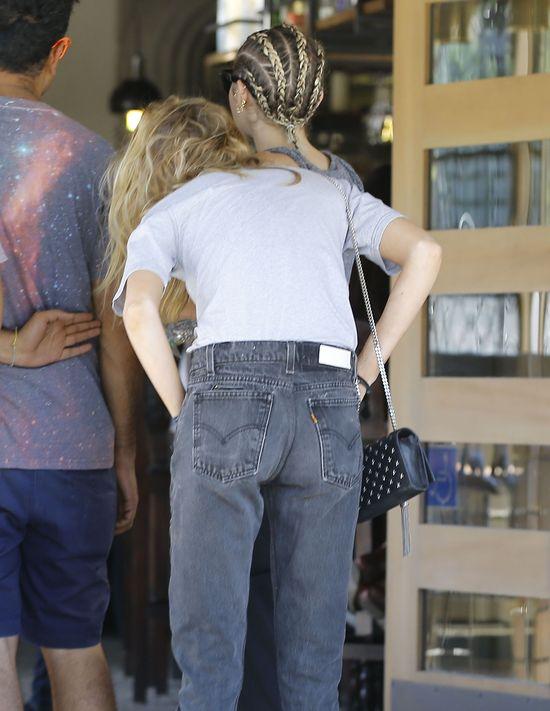 Miley Cyrus zmieni�a fryzur� (FOTO)
