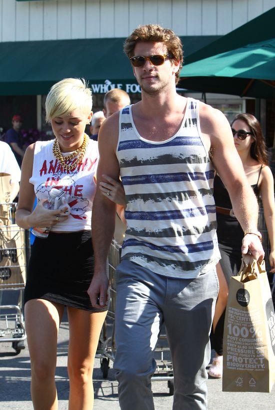 Noah Cyrus: Miley i Liam nie planują ślubu