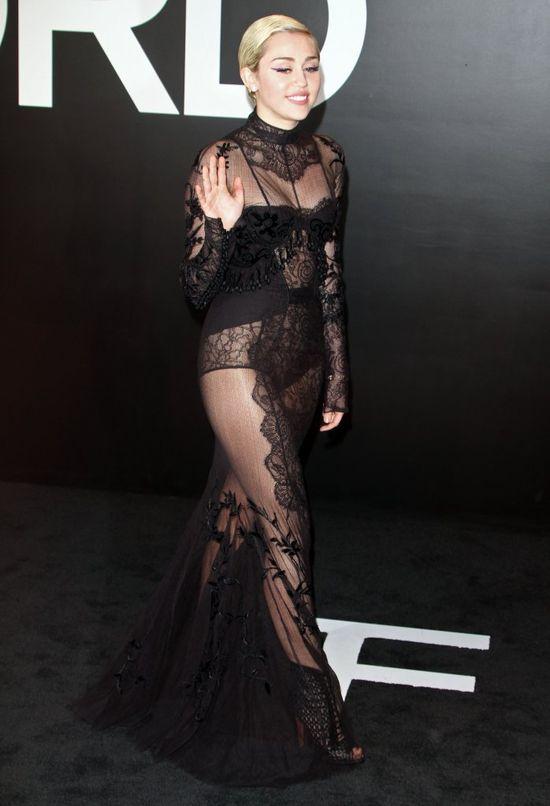 Miley Cyrus znowu poszła na całość? (FOTO)