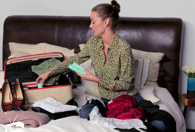 Pani Miranda Kerr w podróży (VIDEO)