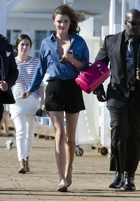 Miranda Kerr wróciła do Orlando i do ustawek (FOTO)