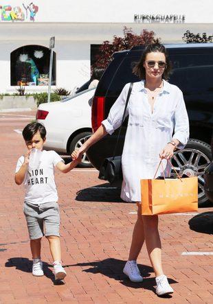 Syn Mirandy Kerr i Orlando Blooma coraz bardziej podobny do ojca? (FOTO)