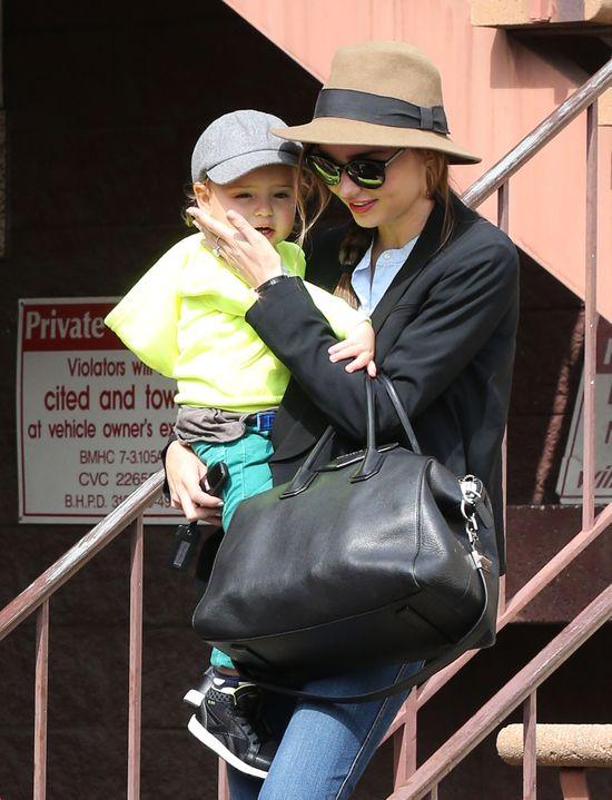 Miranda Kerr na okładce australijskiego Vogue (FOTO)