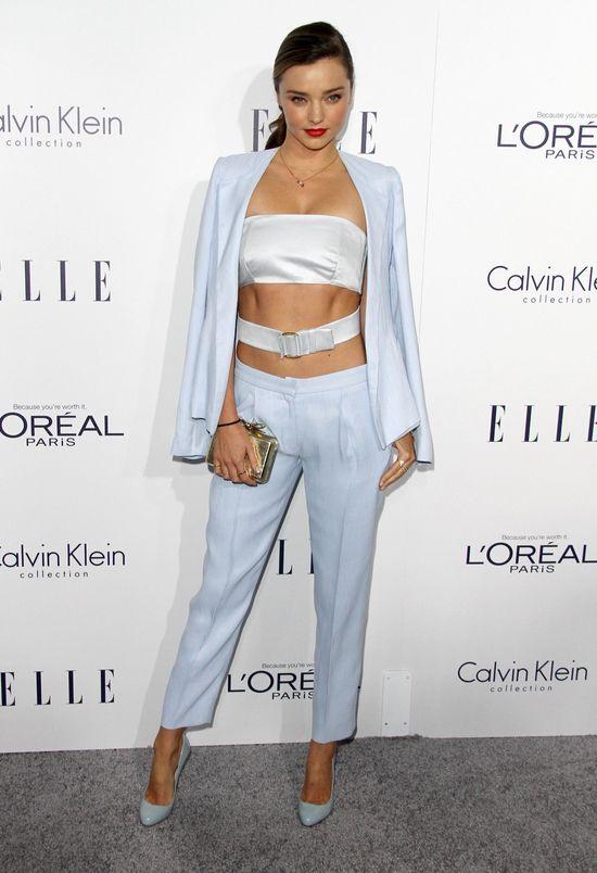 Miranda Kerr na imprezie Elle błysnęła kaloryferem (FOTO)