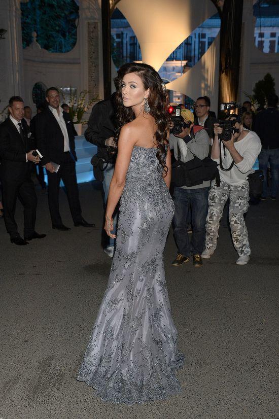Monika Pietrasińska SAMA zaprojektowała tę suknię! (VIDEO)