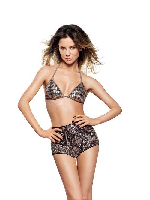 Natalia Lesz w bikini na okładce Shape (FOTO)