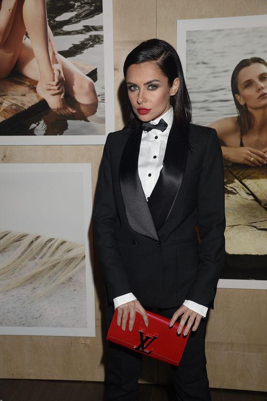Natalia Siwiec w garniturze - nikogo Wam nie przypomina?